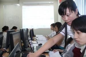 Địa chỉ học kế toán thực hành tại Long Biên