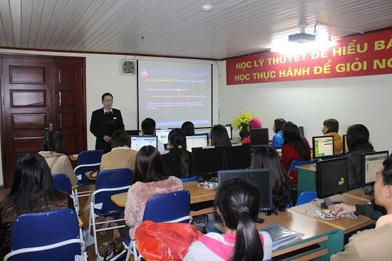Lớp học kế toán thực hành tại Gia Lâm
