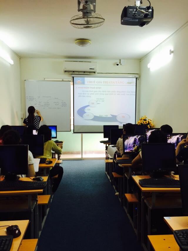 Lớp học kế toán thực hành tại Cần Thơ